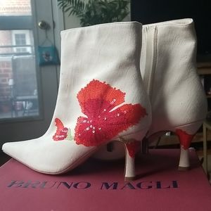 NEW Bruno Magli ankle boot bootie heel boots